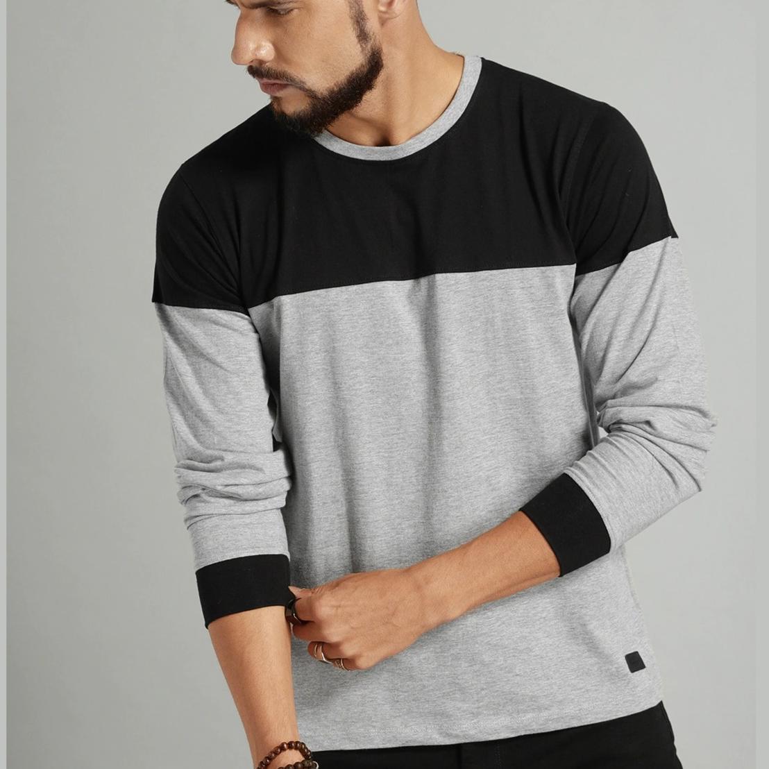 Roadster - Men Grey Melange & Black Colour blocked T-shirt