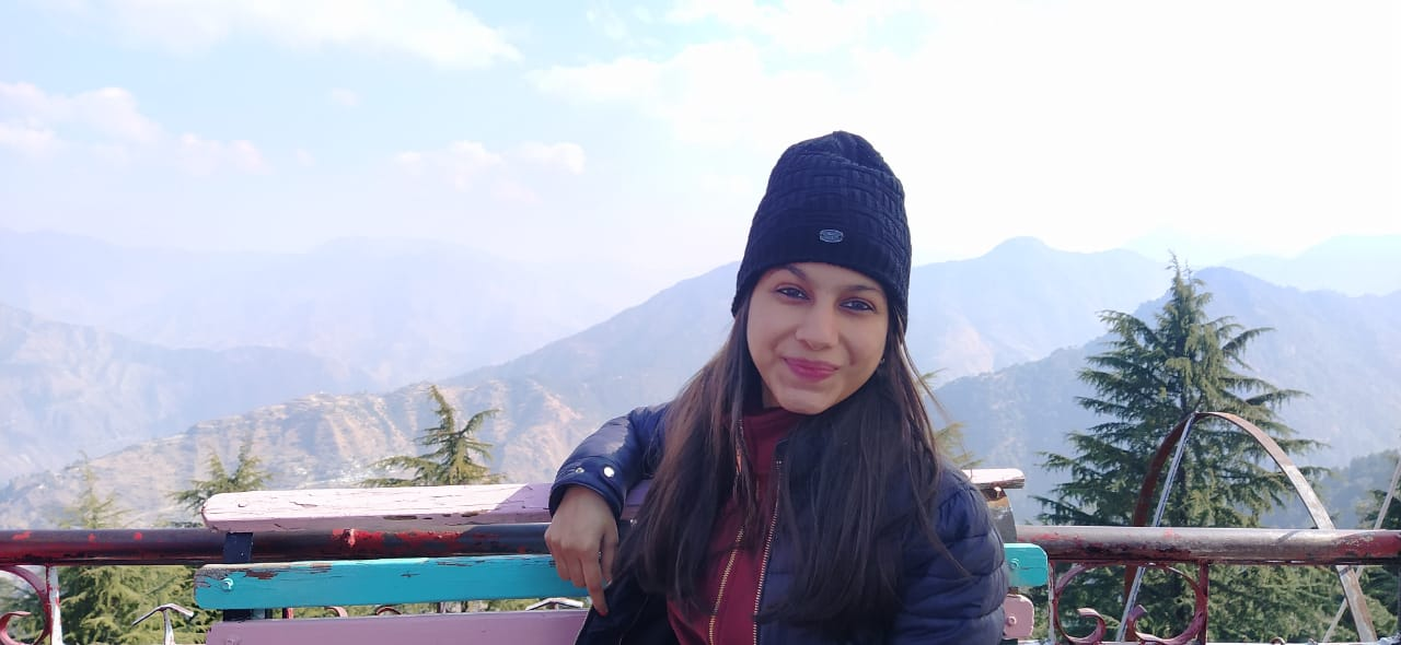 Shreya Saini Image